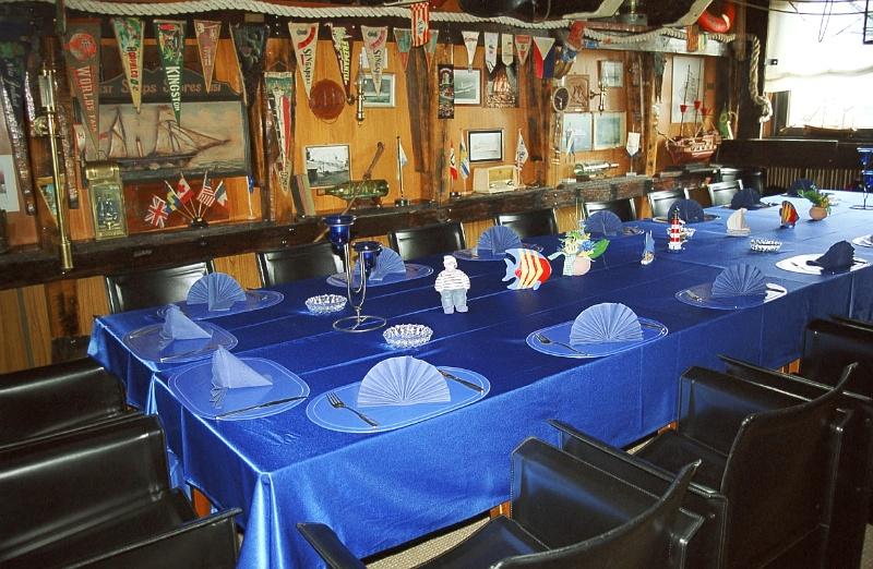 Kapitänstafel Restaurant Treffpunkt Kaiserhafen